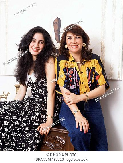 1991, Portrait of model Zarine Khan and daughter Farah Khan Ali