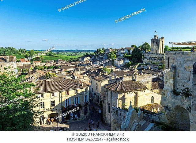 France, Gironde, Saint-Emilion, listed as World Heritage by UNESCO, medieval city, Tour du Roy, 13th century keep, is the only vestige of Saint-Emilion castle