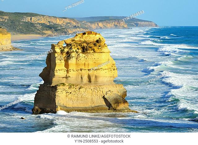 Limestone Stacks, The Twelve Apostles, Princetown, Great Ocean Road, Victoria, Australia