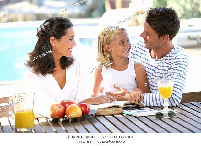 Family, breakfast