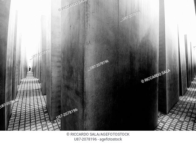 Germany, Berlin, Memorial to the Murdered Jews of Europe, Concrete Pillars of the Holocaust Memorial, designed by Architect Peter Eisenman and engineer Buro...