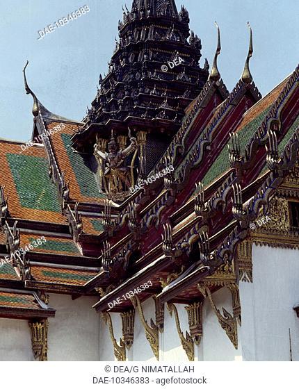 Roof of the Audience Hall (Dusit Maha Prasad), Grand Palace, Bangkok. Thailand