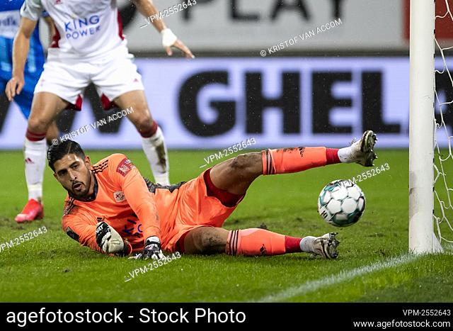 OHL's goalkeeper Rafael Romo pictured in action during the Jupiler Pro League match between KAA Gent and OH Leuven, Saturday 26 September 2020 in Gent