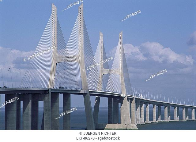 Vasco da Gama Bridge, Tajo, Lisbon, Portugal