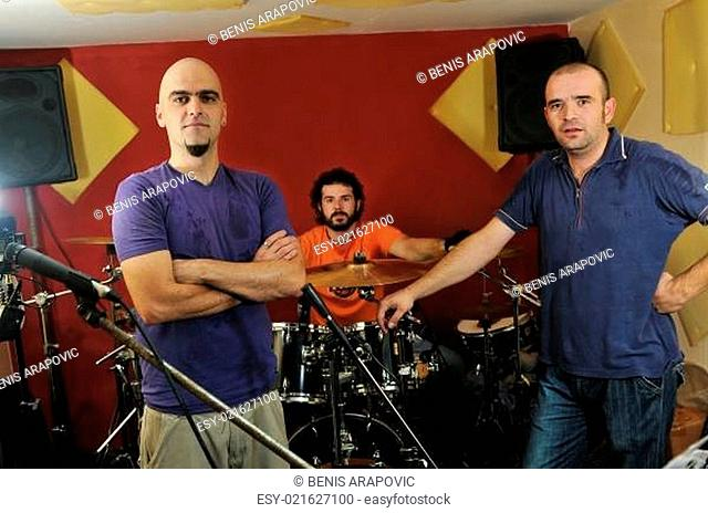 music band have training in garage