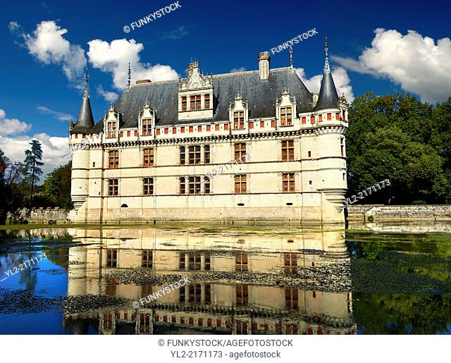 Exterior of the Renaissance Château d'Azay-le-Rideau with its River Indre moat, Built between 1518 and 1527, , Loire Valley, France