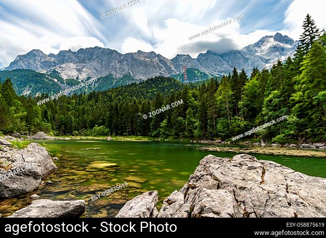Fantastic round hike around the beautiful Eibsee at the Tiroler Zugspitze Arena
