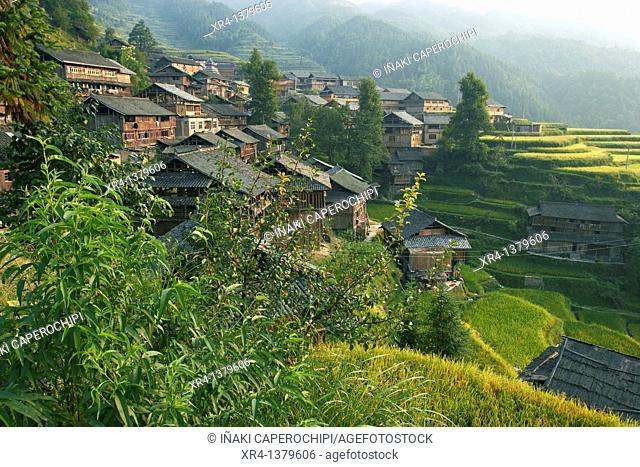 Casas tradicionales dong, Tang' an Dong Village, Tang' an, Guizhou, China
