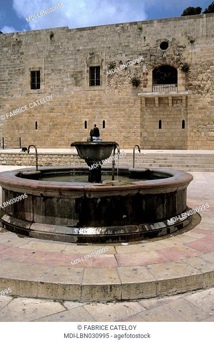 Midan - Public place - Al-Chalout fountain
