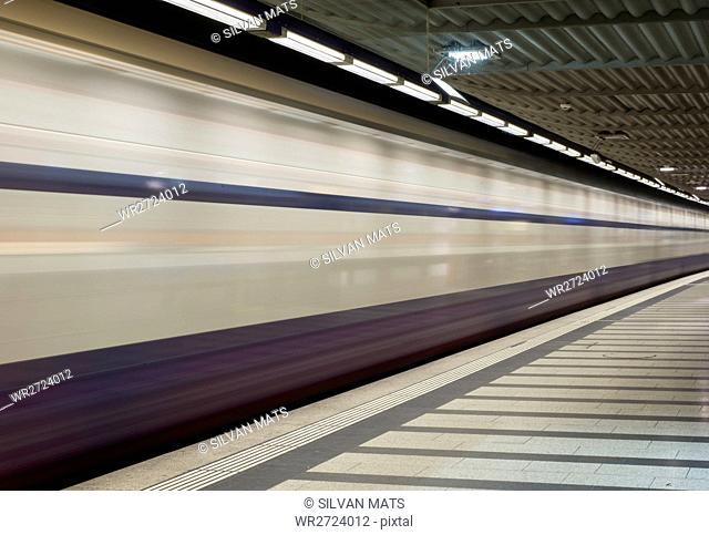 Train in long exposure