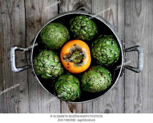 picture about fruits and vegetables in a pan