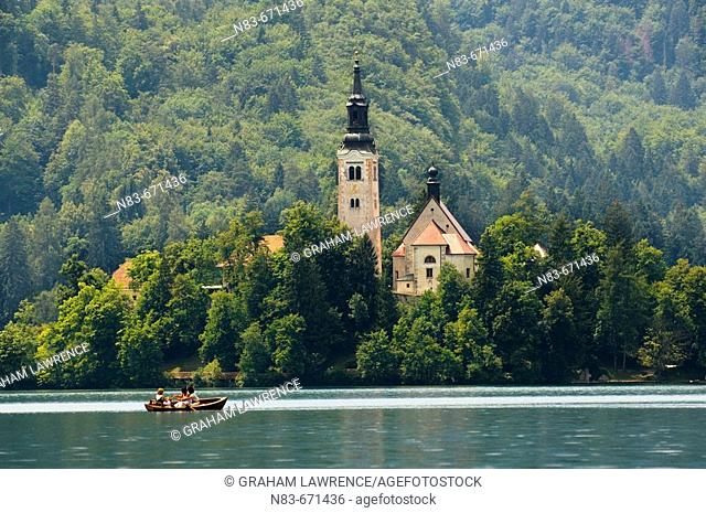 Lake Bled and St Mary's Church of the Assumption, Slovenia, Balkans, Europe