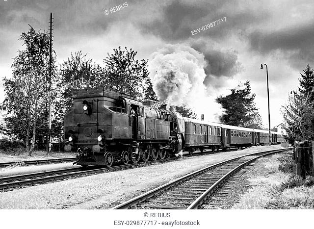 Black and white photo of old steam train