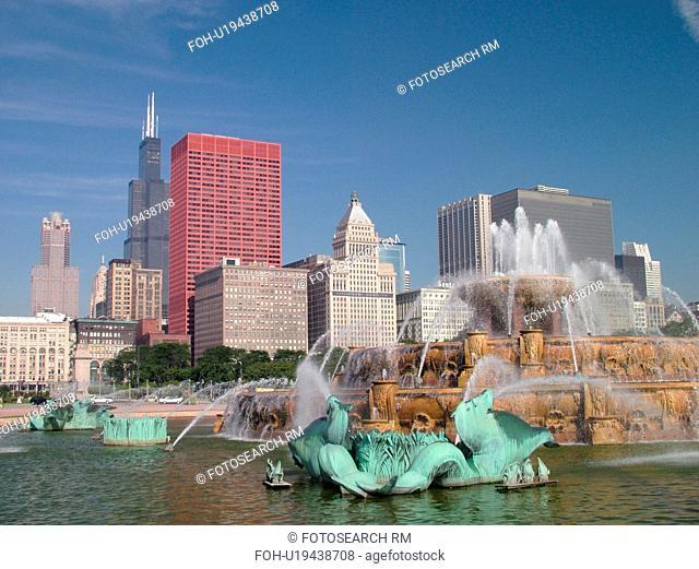 Chicago, IL, Illinois, Windy City, Downtown, skyline, Grant Park, Buckingham Memorial Fountain