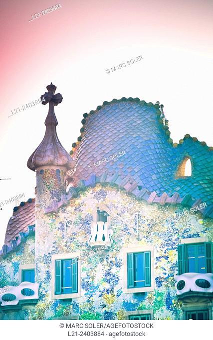 Casa Batllo (Batllo House). Designed by Antoni Gaudí (1905-1907). Passeig de Gràcia. Barcelona, Catalonia, Spain