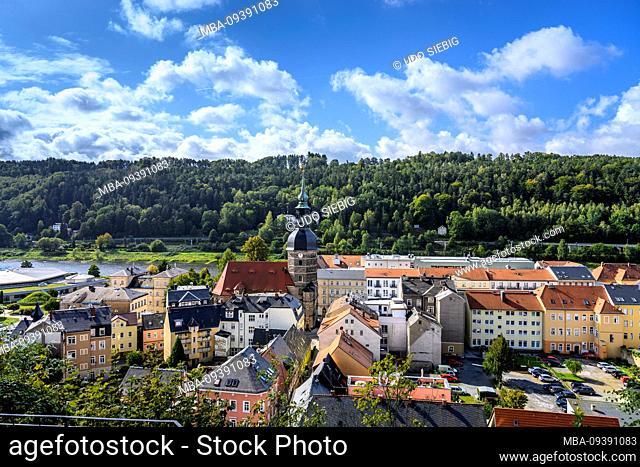 Germany, Saxony, Saxon Switzerland, Bad Schandau, view of the town with St. Johannis Church, view from Schlossbastei