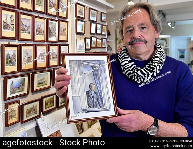 13 March 2020, Thuringia, Erfurt: Jürgen Valdeig, contemporary witness and art dealer, shows a self-painted picture showing Federal Chancellor Willy Brandt at...