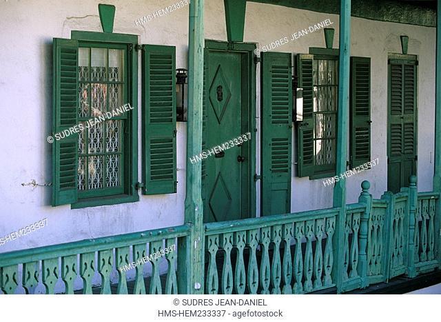 Bahamas, New Providence and Paradise Island, Nassau, traditional wooden house