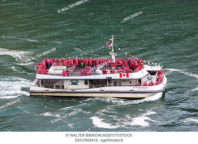 Canada, Ontario, Niagara Falls, tour boat