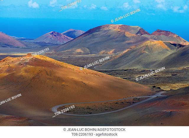 spain; canary islands; lanzarote : timanfaya, lava, volcanos and sky