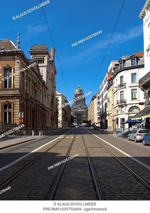 Look on the Law Courts of Brussels, Brussels, Belgium, July 2015 / Blick auf den Justizpalast, Brüssel, Belgien, Juli 2015