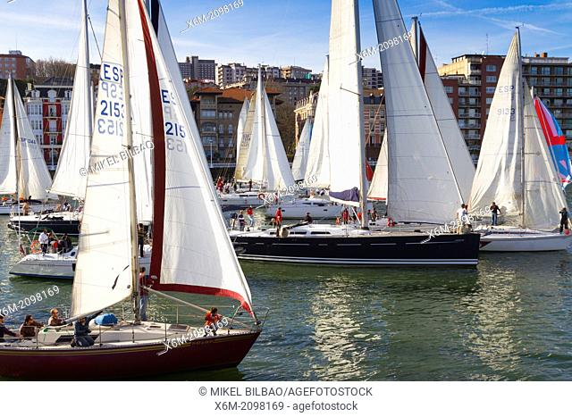 Gallo boat race. Mouth of Nervion river. Portugalete, Biscay, Basque Country, Spain