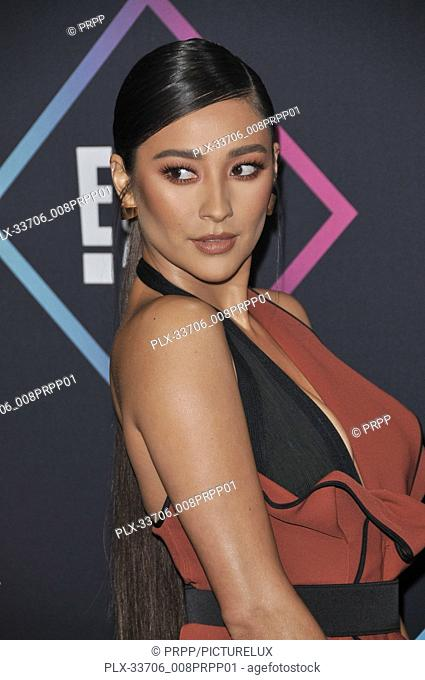 Shay Mitchell at E! People's Choice Awards held at the Barker Hangar in Santa Monica, CA on Sunday, November 11, 2018. Photo by PRPP / PictureLux