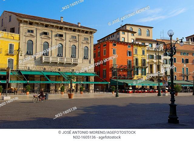 Piazza Bra square, Verona, Veneto, Italy, Europe