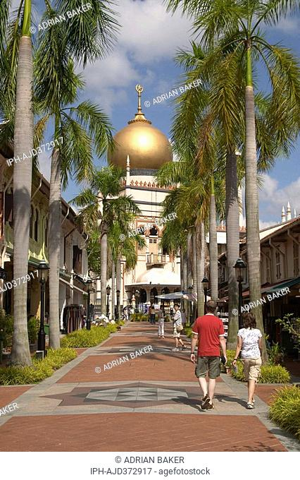 Singapore - The Sultan Mosque at the end of Bussorah Street This is Singapore s most important mosque