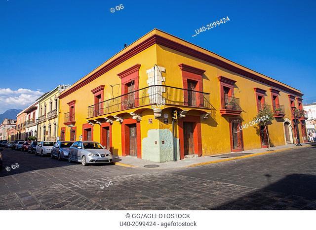 Mexico, Oaxaca, colorful building