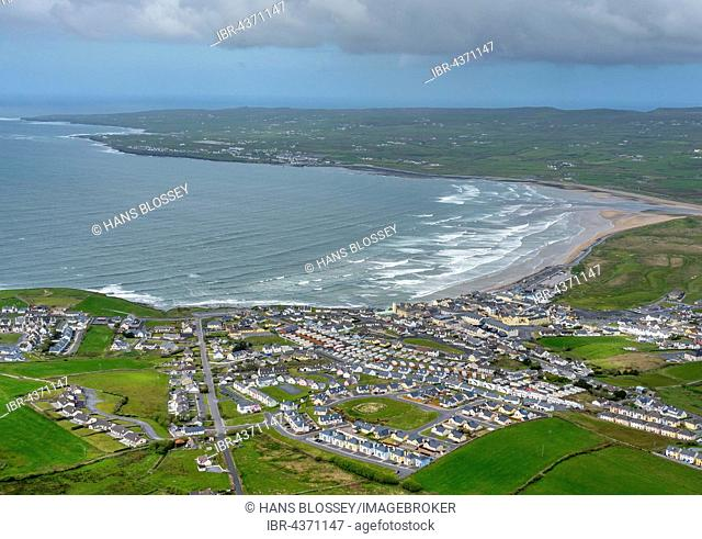 Lahinch, Liscannor Bay, County Clare, Ireland
