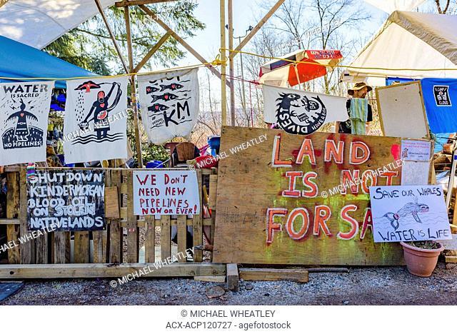 Anti Kinder Morgan Pipeline squat, Coast Salish Territories, Burnaby Mountain, Burnaby BC, Canada