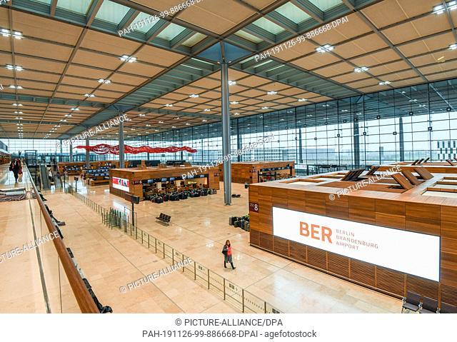 25 November 2019, Brandenburg, Schönefeld: View into the main terminal building of the capital airport Berlin Brandenburg Willy Brandt (BER)