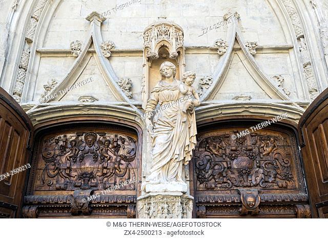 Saint Pierre Basilica, Door detail, Avignon, Vaucluse, France