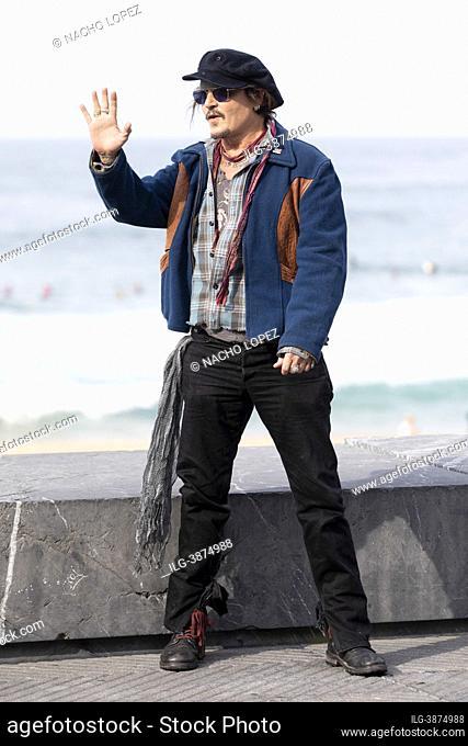 Johnny Depp attends to the Donostia Award photocall during 69h San Sebastian Film Festival 2021 at Kursaal September 22, 2021 in San Sebastian, Spain
