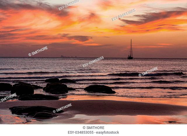 Sunset on the Kantiang beach in Ko lanta island, Thailand