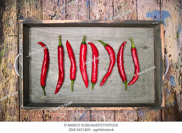 Photographic representation of some spicy and fresh red peppers
