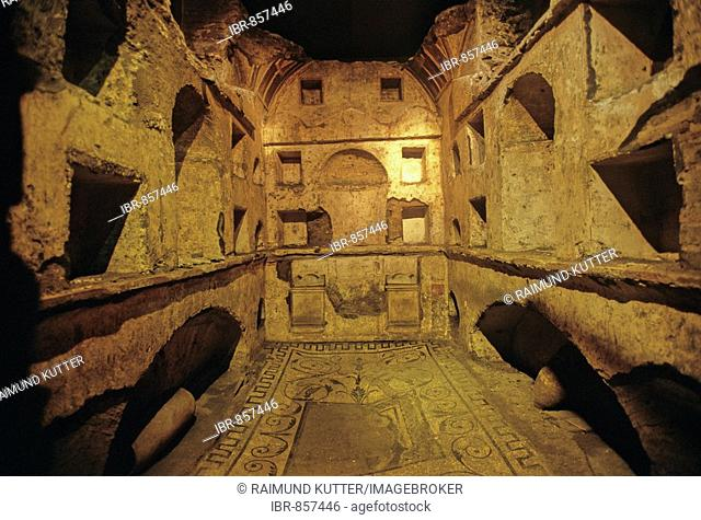 Mausoleum of Tullius Zethus, Constantine Basilica, St. Peter's Basilica, Vatican City, Rome, Latium, Italy, Europe