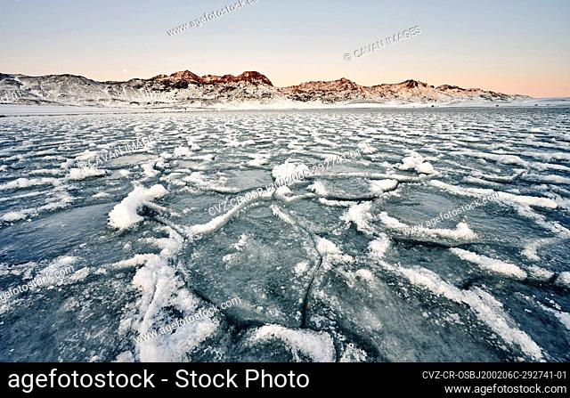 Ice and snow by sea