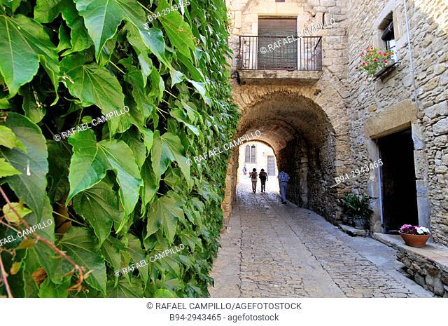Peratallada (Forallac). Romanesque. Baix Emporda. Girona, Catalonia, Spain