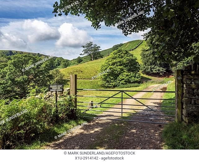 Farm Gate with Please Keep Dogs on Short Leads Sign on the Nidderdale Way near Pateley Bridge Nidderdale AONB Yorkshire England