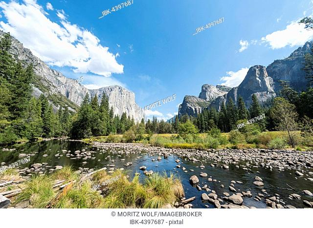 Valley View, view of El Capitan and River Merced, Yosemite National Park, California, USA