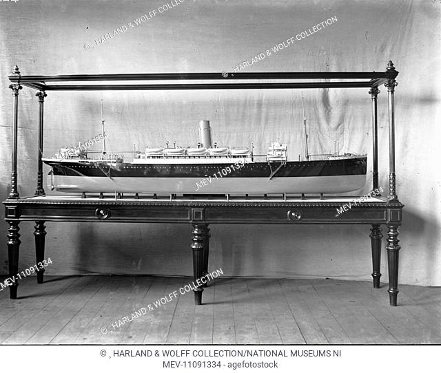 Starboard profile of cased builder's model. Ship No: 420 Name: Deseado. Type: Passenger Ship. Tonnage: 11471. Launch: 26 October 1911