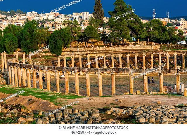 Oval Plaza, Greco-Roman ruins, Jerash, Jordan