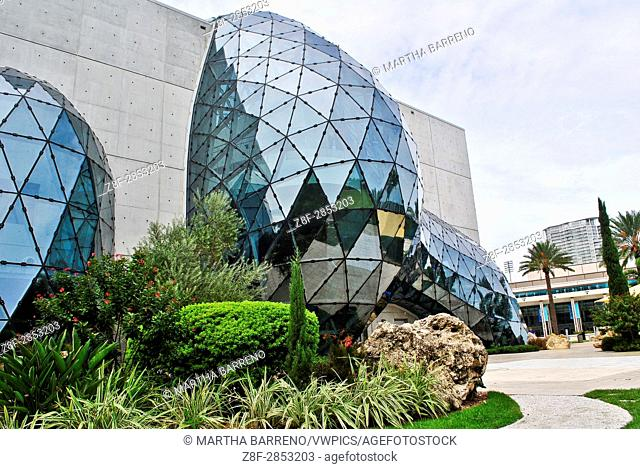 "Exterior of The Dali Museum's building. From its frontal wall erupts a large free-form geodesic glass bubble known as the """"enigma"""". St. Petersburg"