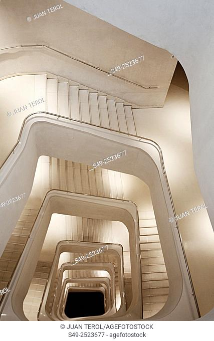 Spain, Madrid, Paseo del Prado Area, Caixa Forum, Herzog and de Meuron architects, interior, staircase