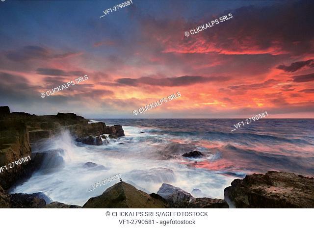Europe, Scotland, Skye Island - Sunrise at Baffin Bay