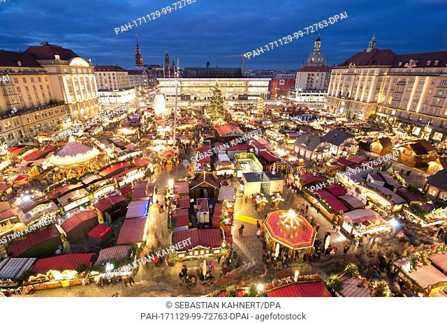 View of the illuminated Striezel Market in Dresden, Germany, 29 November 2017. The Christmas market on the Old Market Square in Dresden is open until 24...