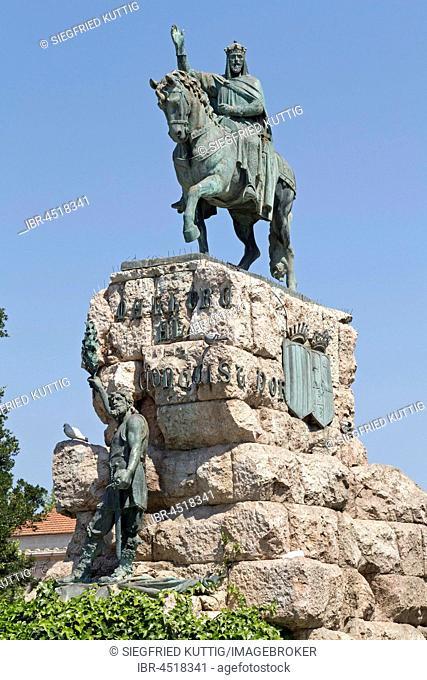 Statue of King Jaume I, Plaza de Espanya, Palma de Majorca, Majorca, Spain