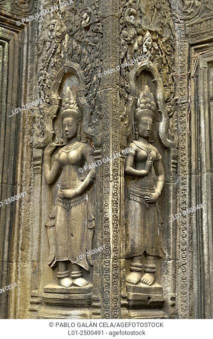 Ta Prohm = Rajavihara temple. Angkor Wat complex Cambodia